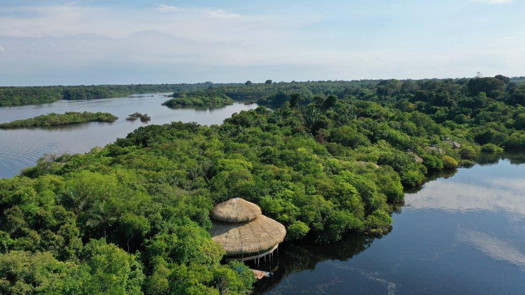 Hotel integrado na Amazônia